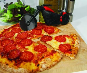 IDEE REGALO ORIGINALI TAGLIA PIZZA MOTO