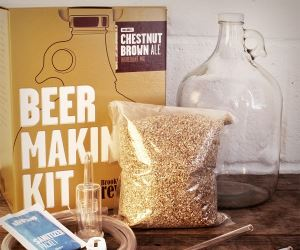 REGALI ORIGINALI KIT PER FARE BIRRA