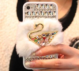 idee regalo originali per donna cover iphone 6 con pelliccia