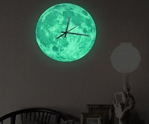 orologio da parete fluorescente