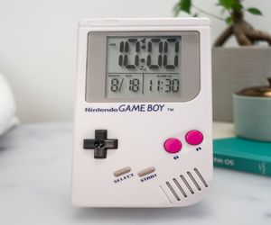 sveglia gameboy