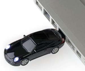 REGALI ORIGINALI TOP CHIAVETTA USB PORSCHE